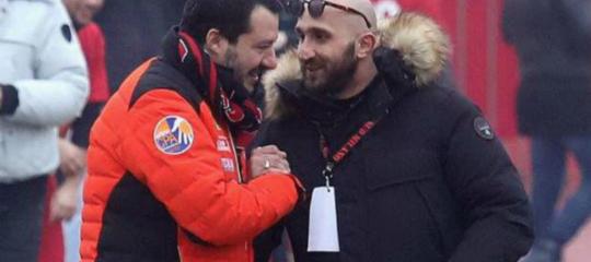 Salvini ha replicato alle polemiche dopo la foto con il capo ultrà milanista