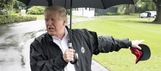 Una donna delle pulizie nel golf club diTrumpha chiesto asilo politico