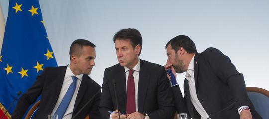 Conte ha spiegato come è riuscito a convincere Salvini, Di Maio e l'Ue
