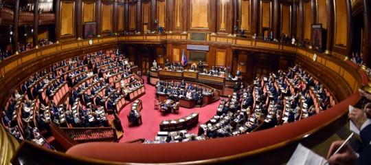 Il caos causato dallo slittamento delmaxiemendamentoal Senato