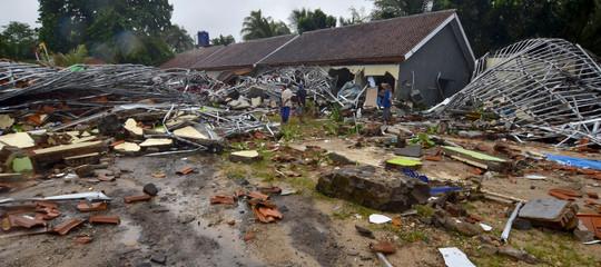 Tsunami IndonesiaGiava Sumatra morti
