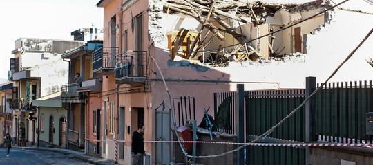 terremoto catania etna luigi di maio