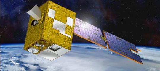 Una rete di micro satelliticirconderàla Terra per portare Internet ovunque