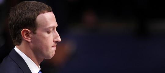 L'anno nero di Facebook, mese per mese