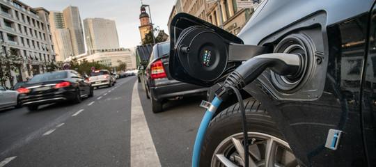 La mobilità elettrica da promessa diventerà la realtà di molti