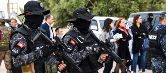Tunisia jihadista fermato barcone migranti Italia