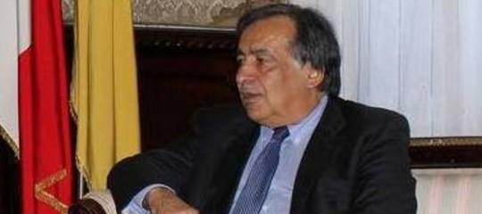 Perché il sindaco di Palermo non intende applicare il decreto sicurezza