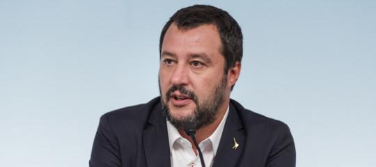 Gilet gialli Salvini sostegno protesta ma condanna violenza