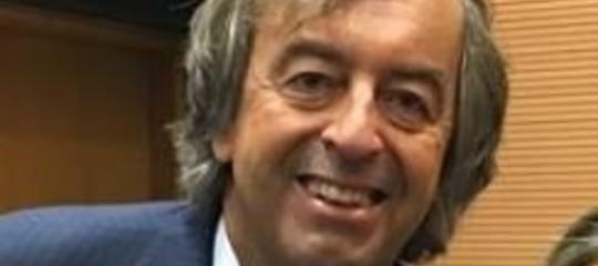 Burioniannuncia: Beppe Grillo e Matteo Renziinsieme a difesa della scienza
