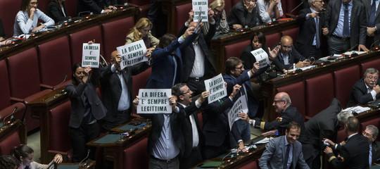 """""""Più che legittima difesa sarebbe un legittimo omicidio"""": scontro tra magistrati e Salvini"""