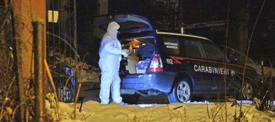Auto esplode in strada nel Beneventano, indagini