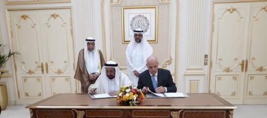 Eni Sharjah Emirati Arabi Petrolio SnocDescalzi