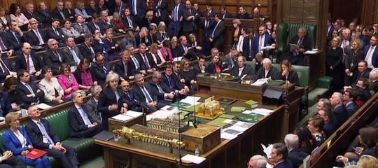 Brexit: Camera Comuni boccia accordo con 432 'no'