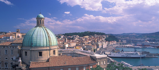 Ad Ancona 12 mila persone saranno evacuate per rimuovere una bomba sui binari