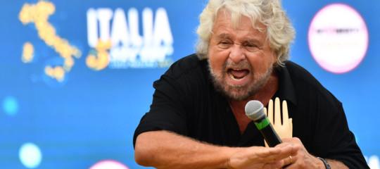 C'è un ritorno del luddismo, come sostiene Beppe Grillo?