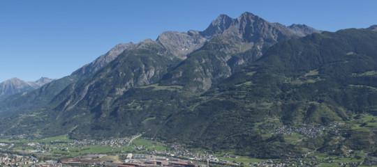 Collisione tra un elicottero e un aereo da turismo in Val d'Aosta