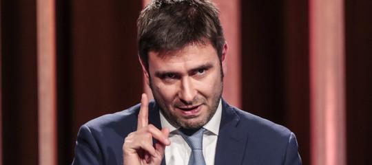 """""""Sul Venezuela Salvini è comeMacroneSaviano"""". L'accusa di Di Battista"""