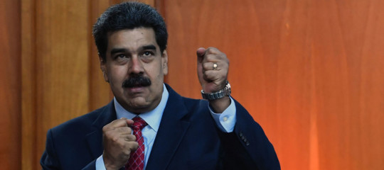 """Maduroapre a elezioni legislative anticipate: """"Ma quelle presidenziali solo nel 2025"""""""