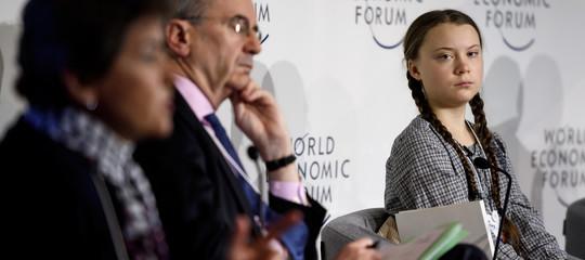 Storia di Greta, la ragazzina che ha scosso i leader mondiali guardandoli negli occhi