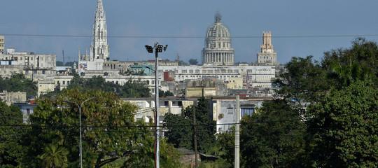 Misteriosa esplosione nel cielo a Cuba forse causata da un meteorite