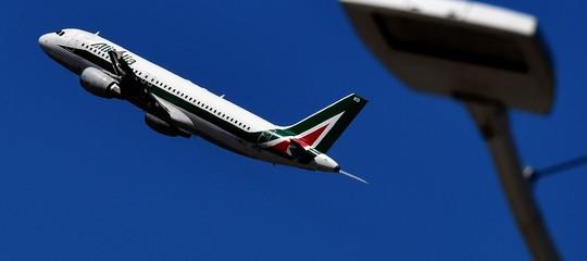 Air France si sfila dal salvataggioAlitalia, scrive il Sole 24 Ore