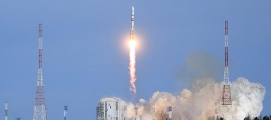 Trumpha fretta di tornare nello spazio su navicelle americane