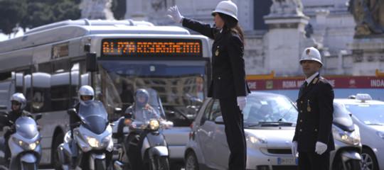 A Roma si perdono 10 giorni all'anno in coda nel traffico