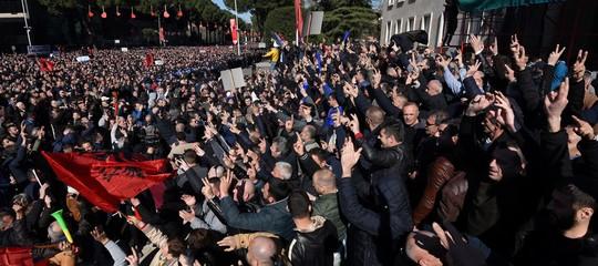 Albania protesta