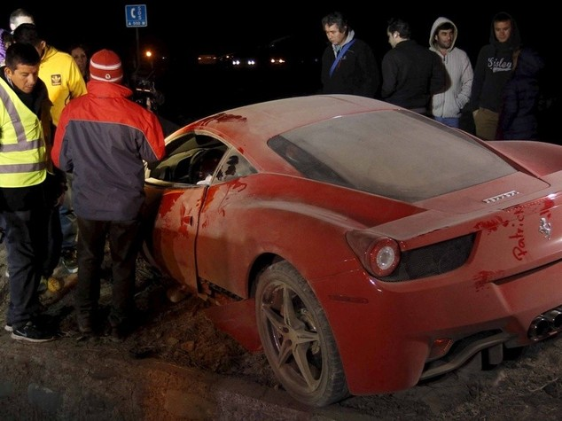 Vidal si schianta con la Ferrari, arrestato per ubriachezza - VIDEO