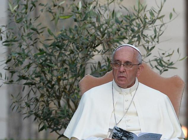 """Appello del Papa contro la corruzione """"corrode i cuori"""""""