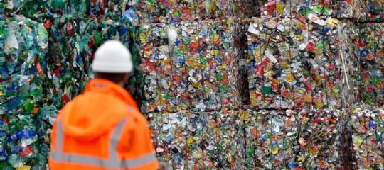 Perché è sbagliato demonizzare la plastica, secondo un manager che la produce