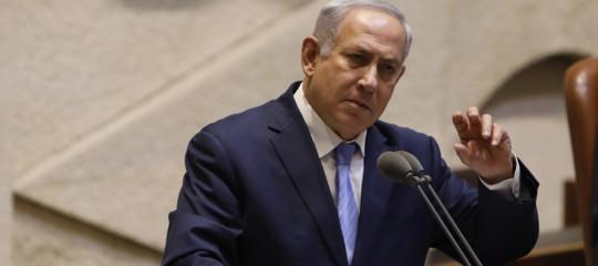 Il premier israeliano Netanyahu sarà incriminato per corruzione