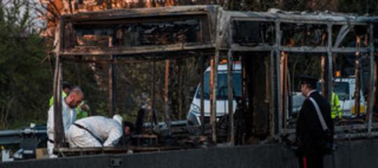 senegalese incendia bus san donato