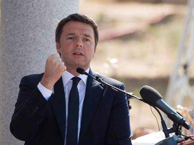 Scuola: Renzi, assunzioni hanno senso solo se la cambiamo
