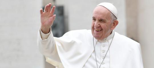 pace guerra papa francesco