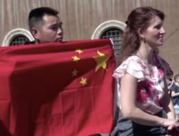 Come la comunità cinese in Italia ha accolto Xi a Roma