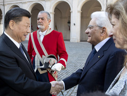 Xi: l'Italia può fare da ponte tra l'Europa e la Cina