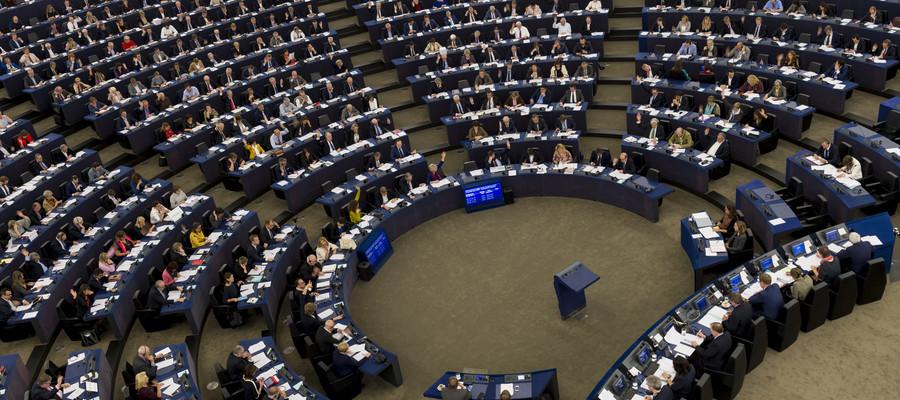 La direttiva europea sul copyright limita la libertà di informazione sul web?