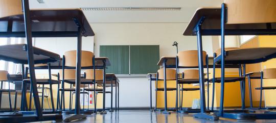scuola meno studenti