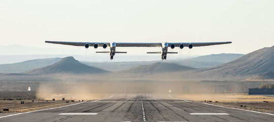 aereo piu grande mondo stratolaunch