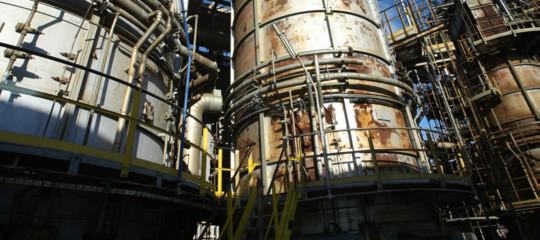 Eni Raffineria Taranto Petrolio