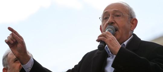 turchia aggredito capo opposizione