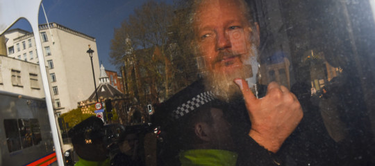 dove e detenuto assange