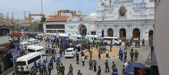 Sri Lanka bilancio attentati 310 morti