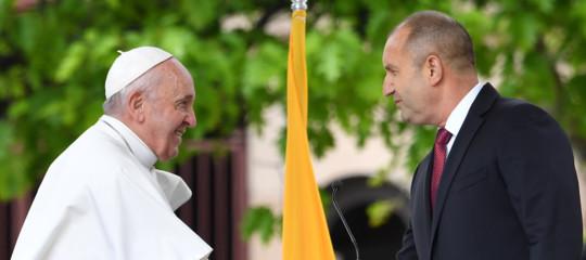 papa francesco bulgaria migranti religioni