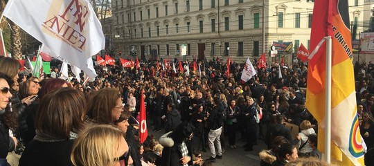 Scuola: Cobas confermano sciopero nazionale il 17 maggio