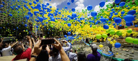 elio crisi palloncini