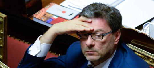 giorgetti lascia governo