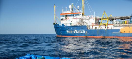 Sea Watchmigranti minacciano suicidio