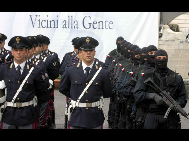 polizia ufficiale video